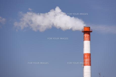 煙突の写真素材 [FYI00065735]