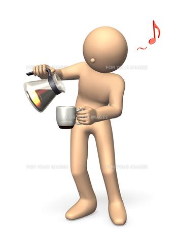コーヒーサーバーからコーヒーを注ぐ男性の写真素材 [FYI00069136]