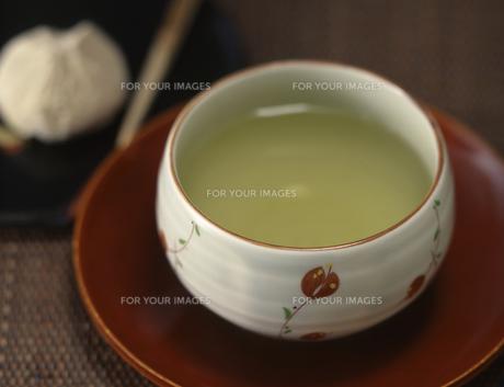 お茶と茶菓子のイメージの素材 [FYI00069500]