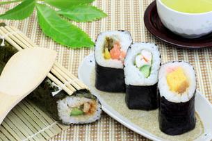 巻き寿司の写真素材 [FYI00069777]