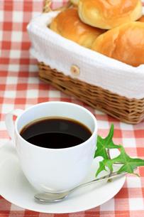 パンとコーヒーの写真素材 [FYI00069850]