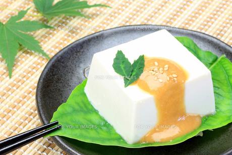 ごま豆腐の写真素材 [FYI00070208]
