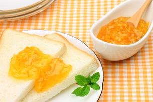 パンとジャムの写真素材 [FYI00070843]