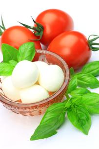 チーズとトマトの写真素材 [FYI00071227]