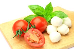 チーズとトマトの写真素材 [FYI00071243]