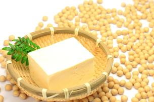 豆腐と大豆の写真素材 [FYI00072201]