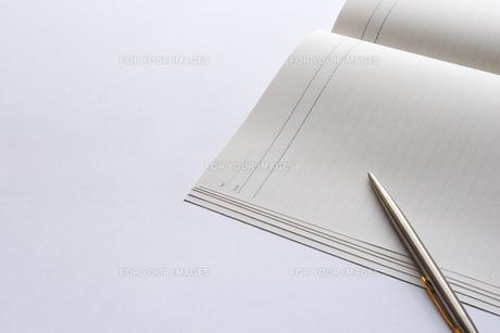 ノートとペンの素材 [FYI00073209]
