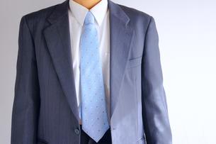 シンプルなビジネスマンの写真素材 [FYI00073221]