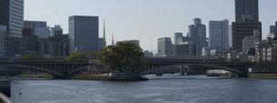 水都大阪、中之島と天神橋の写真素材 [FYI00073303]