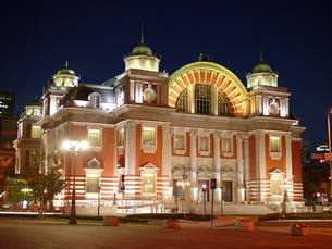 ライトアップ中央公会堂の写真素材 [FYI00073308]