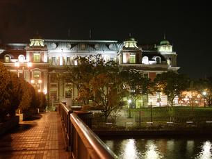 ライトアップ中央公会堂の写真素材 [FYI00073318]