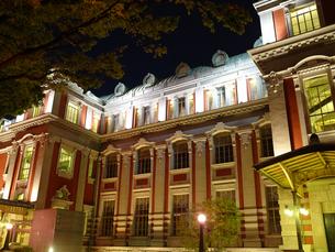 ライトアップ中央公会堂の写真素材 [FYI00073334]