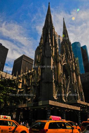 聖パトリック大聖堂の写真素材 [FYI00073447]