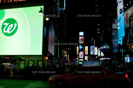 ニューヨーク夜景の写真素材 [FYI00073451]