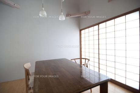 テーブルの写真素材 [FYI00074034]