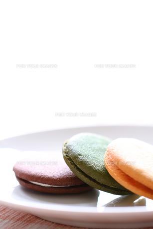 クリームサンドクッキーの写真素材 [FYI00074343]
