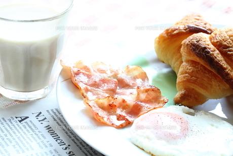 洋風の朝食の写真素材 [FYI00074379]