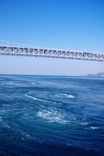 鳴門海峡のうずしおの写真素材 [FYI00075260]