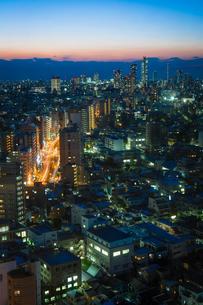 暮れなずむ東京の写真素材 [FYI00075339]