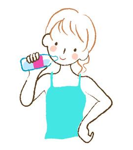 水を飲む女性の素材 [FYI00075884]