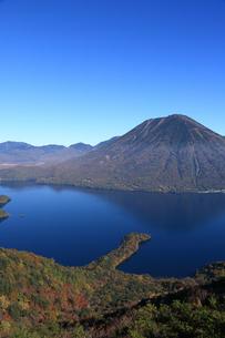 中禅寺湖と男体山の写真素材 [FYI00076477]