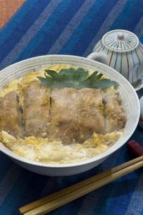 カツ丼の写真素材 [FYI00076767]