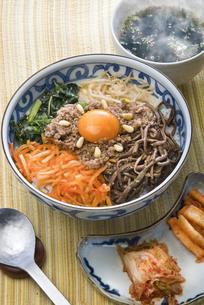 ビビンバ(韓国)の写真素材 [FYI00077145]