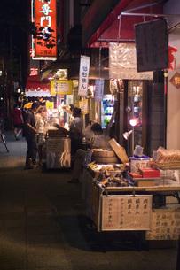 中華街の夜の素材 [FYI00077878]