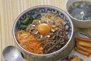 ビビンバ(韓国)の写真素材 [FYI00077988]