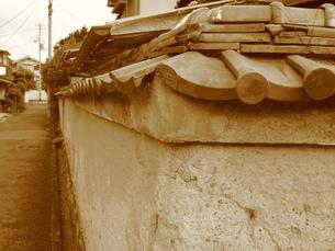土塀の写真素材 [FYI00078222]