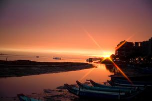 淡水の夕景の写真素材 [FYI00080037]