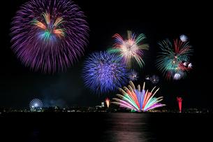 海の日名古屋みなと祭花火大会の写真素材 [FYI00080083]