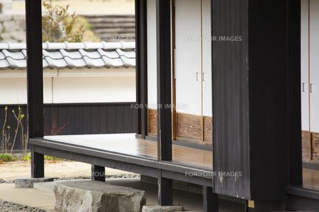 旧家の縁側の写真素材 [FYI00080169]