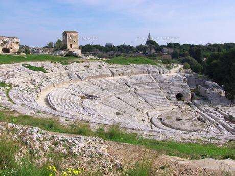 シラクサのギリシャ劇場の写真素材 [FYI00081667]