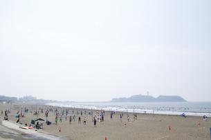 江ノ島とビーチバレーの写真素材 [FYI00082087]