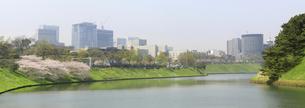 桜田濠から麹町方面を見るの写真素材 [FYI00082251]