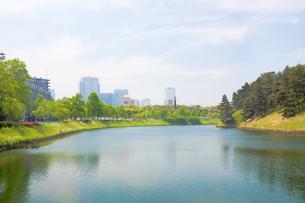 桜田門から望む霞ヶ関の写真素材 [FYI00082343]