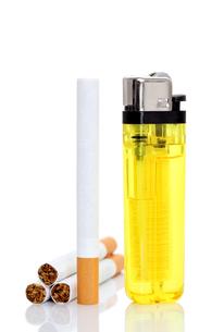 タバコとライターの素材 [FYI00082926]