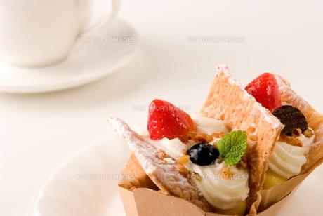 イチゴケーキの写真素材 [FYI00084944]