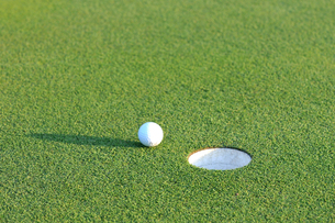 ゴルフボールの写真素材 [FYI00084965]