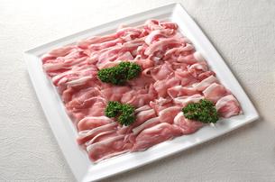 しゃぶしゃぶ用豚肉の写真素材 [FYI00084968]