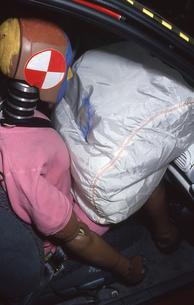 衝突試験 ダミー人形の写真素材 [FYI00088544]