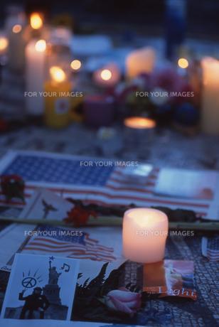 ニューヨーク テロ後の追悼の写真素材 [FYI00088631]