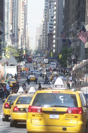 ニューヨーク 交通渋滞の写真素材 [FYI00088728]