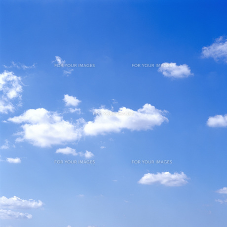 青空と雲の写真素材 [FYI00088789]