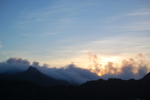 大神山展望台から見た夜明けの写真素材 [FYI00089104]