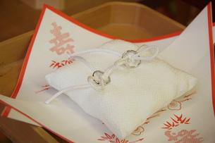 結婚指輪の写真素材 [FYI00089423]