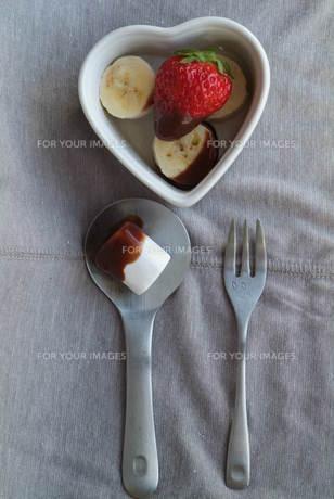 チョコレートフォンデュの写真素材 [FYI00089525]