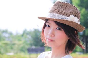 Princess MAIKO Benicio/麦わら帽子の写真素材 [FYI00090401]