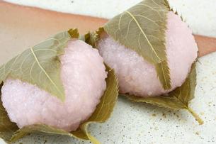 桜餅の写真素材 [FYI00090649]